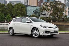 Toyota Corolla hybrid to go on sale in Australia mid-2016 ...