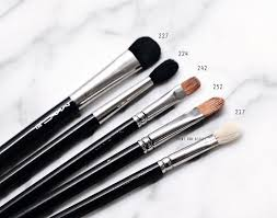 mac face brushes. mac-makeup-face-eye-brushes-review-overview-3 mac face brushes e