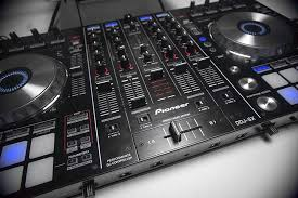setting your dj equipment up the essential dj equipment list