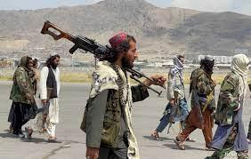 داعش والقاعدة وطالبان.. نقاط تشابه وأوجه خلاف