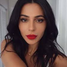 a bo s you beauty guru teni panosian wears the new maybelline spider maa makeup for red lipstickred lipstick looksbold lip