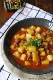 Experimente Aus Meiner Küche: Ungarisches Kartoffelgulasch + Gewinnspiel  Gebackene Kartoffeln, Kartoffelsuppe, Suppen Und