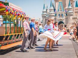 Things Disney Insider You Are About Here 't The Parks Didn Know 21 zTEPnBqW1f
