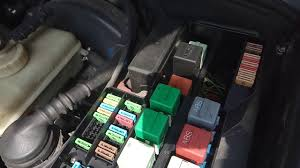 bmw e36 fuse box relay box location bmw e36 coupe 316i 1995 youtube 318ti fuse diagram bmw e36 fuse box relay box location bmw e36 coupe 316i 1995