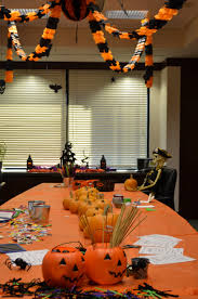 office halloween decor. Halloween Decorations For An Office By #kidsposhparties #halloween #officeparty Decor R
