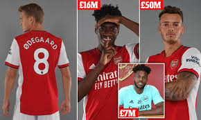 Martin Odegaard: Arsenal confirm £30m signing from Real Madrid | Daily Mail  Online