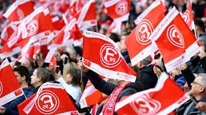 Der ticketkauf bei fortuna gleicht einer raketenwissenschaft. Fortuna Dusseldorf Fans Pumpen Fortuna 2 2 Millionen 2 Bundesliga Bild De