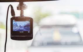 Mag je in Nederland filmen met een dashcam? - AutoRAI.nl