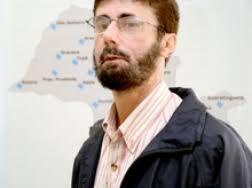 João Tadeu Ribeiro Paes, pesquisador da Unesp de Assis tenta encontrar a cura para a enfisema pulmonar, uma doença respiratória crônica, ... - joao-tadeu-ribeiro-paes