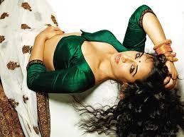Vidya Balan hot photos videos scenes kissing photos Celeb Hot.