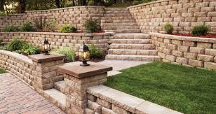 interlocking retaining wall with retaining wall garden design