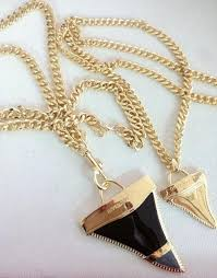 whole fashion 18k gold oil painting shark tooth pendant necklace high quality european american jewelry family pendant necklace small pendant necklaces