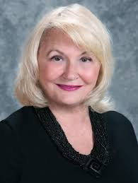Cindy Johnson Headshot - MikkiMoves Real Estate