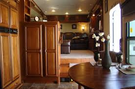 Sensational Design Fifth Wheels With Front Living Room