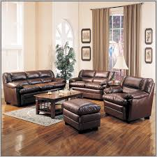 paint color for living room with chocolate brown furniture