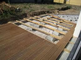 ... De Jardins Terrasse Bois Sur Pose Terrasse Lame Composite Sur Plot Beton  Talu Pinterest ...