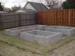 5 unique ways to build raised garden beds