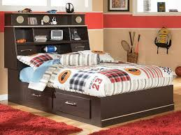 Design Bedroom With Full Size Bed Storage — Modern Storage Twin