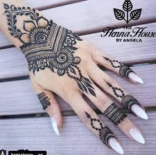 Pin By Amruta Robledo On Mehandi Henna Tattoo Designs