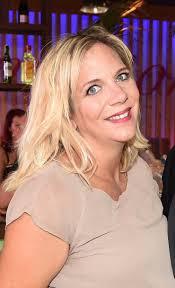 Die blondine hat aus einer früheren beziehung drei kinder. Danni Buchner Wirft Als Mallorca Wirtin Das Handtuch Neues Aus Dem Boulevard Lz De