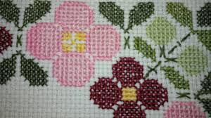 Meti Cloth Designs Diy Cross Stitch Flowers On Mat Youtube