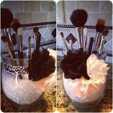 makeup brush holder use small clear beads with curved juice gles you have with ribbon and