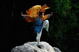 ويستند الفيلم على أسطورة معبد. صور رهبان شاولين المذهلين