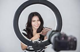 Lights For Makeup Tutorials Best Lighting For Youtube Videos