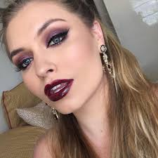 i am awe of incredible makeup artists such as kandeejohnson and gossmakeupartist and search for inspiration everywhere from people on the street to
