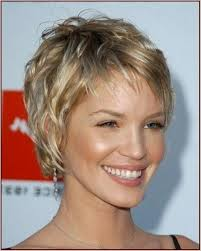 Short Hairstyles For Women With Thick Hair 0 Best Short Haircuts For Women Over 24 With Fine Thin Hair Holiday
