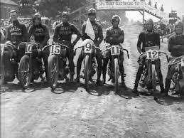 video sejarah balap motor