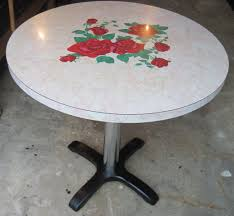 Round Formica Table Vintage Formica Kitchen Table Retro Kitchen Table Vintage 195039s