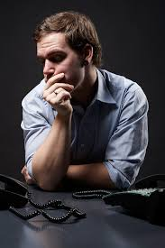 3 reasons job seekers should not expect a return call image of man waiting for phone call