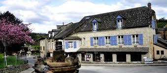 Lauberge Du Château Hôtel 3 étoiles Proche Rodez Conques Bozouls