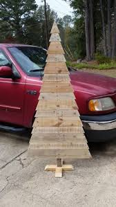 outdoor pallet christmas tree. pallet christmas tree outdoor