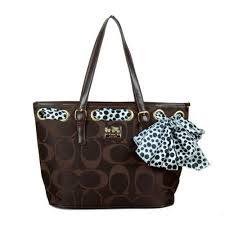 Coach Legacy Scarf Medium Coffee Totes EAM Outlet Online