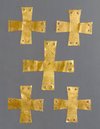 art and death in the middle ages essay heilbrunn timeline of  gold applique in the form of a cross