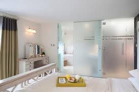 frameless frosted glass interior bathroom doors design with large handle