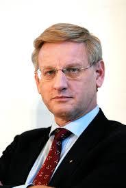 Carl Bildt. Under den senaste veckan har vi på Motkina följt Sveriges utrikesminister Carl Bildts resa genom Kina. Bildt landade i Shanghai den 21:e och ... - Carl_Bildt_utrikesminister_Sverige_under_pressmote_vid_Nordiska_radets_session_i_Kopenhamn_2006
