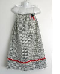 Pillowcase Dress Pattern Custom Girls' Clothes Tutorial RoundUp Sew Mama Sew