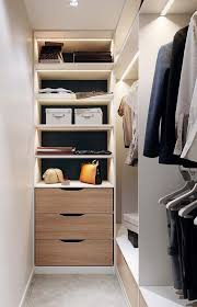a quantidade de gavetas deve ser definida no momento do projeto do closet