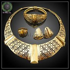 specifications 18 carat gold jewelry
