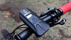 <b>Nitecore BR35</b> Bike Light - YouTube
