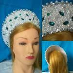 Что носит на голове снегурочка