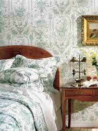 Green-and-White Toile Wallpaper