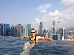 infinity pool singapore edge. Falling Off The Edge Of Singapore Infinity Pool N