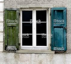 Fenster Blau Und Grün Stockfoto Und Mehr Bilder Von Alt Istock