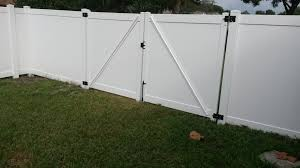 Vinyl Fence Gate Locks White Peiranos Fences Best Vinyl Fence