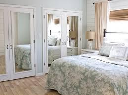 Mirror Closet Doors For Bedrooms Beachy Bedroom Bathroom Closet Mirrored Doors Bedroom Mirrored