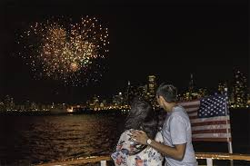 5 best places to watch Fourth of July Navy Pier fireworks - RedEye ...